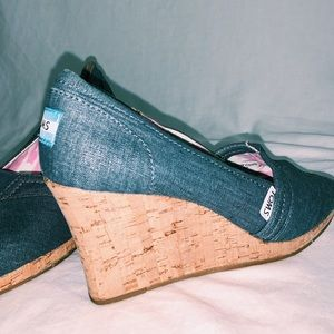 Toms Calypso Canvas Peep Toe